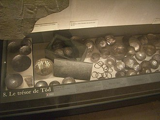 El-Tod - Tod Treasure on display at the Louvre