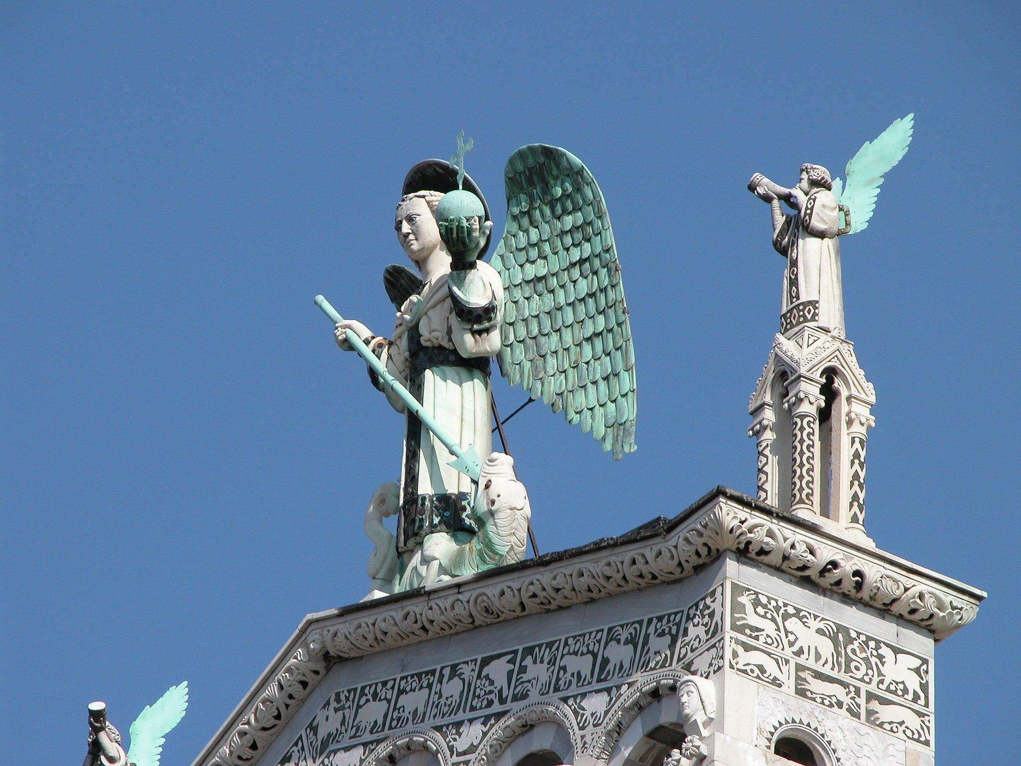Lucca, particolare di San Michele in Foro - panoramio