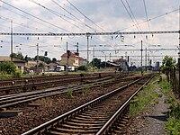 Lysá nad Labem, nádraží, nádraží od Čelákovického zhlaví.jpg