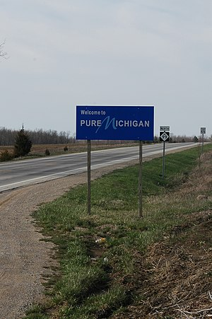M-99 (Michigan highway) - Welcome sign at the Ohio state line where SR 15 becomes M-99 northbound