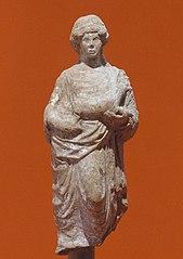 Femme drapée debout offrant un porcelet 77.1.3