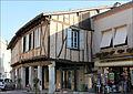 Maisons à colombages ou à pans de bois à Montpezat.JPG