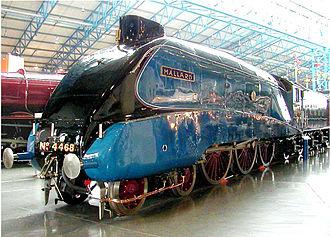 History of rail transport in Great Britain 1923–1947 - LNER number 4468 Mallard