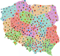 Map of Poland showing coats of arms of counties.png