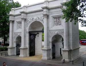 A5 road (Great Britain) - Image: Marble.arch.london.a rp