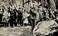 Marie og Gulbrand Lunde Et liv i kamp for Norge Rikspropagandaledelsen Blix forlag 1942 Page 034 Minnehøytidelighet for Rikard Nordraak på Vår Frelsers gravlund 12.6. 1942.jpg