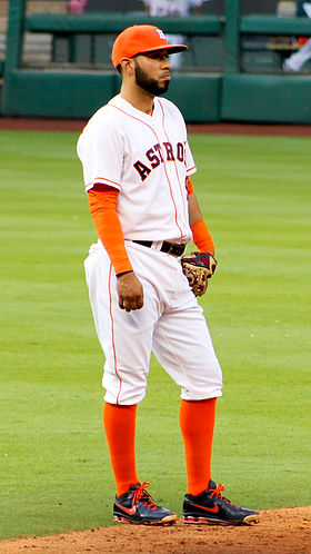 Marwin Gonzalez Astros in April 2014.jpg