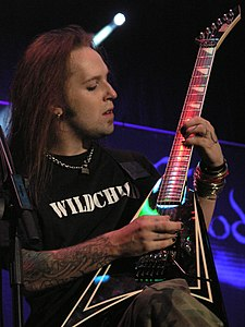 Masters of Rock 2007 - Children of Bodom - Alexi Laiho - 08.jpg