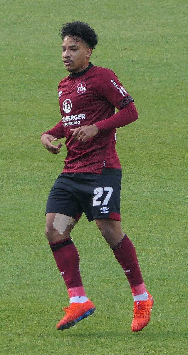 Аугсбург википедия футболист