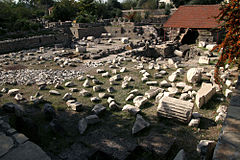Mausoleum of Halicarnassus 2009.jpg