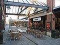 McArthur Glen - Outdoor Eating - geograph.org.uk - 1113872.jpg