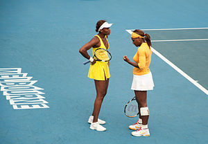 Williams sisters - Image: Melbourne Australian Open 2010 Venus and Serena Chat