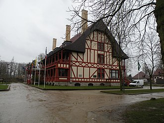 Zonnebeke - Image: Memorial Muse Passchendaele batiment