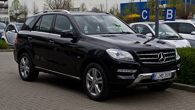 File mercedes benz ml 250 bluetec 4matic w 166 for Mercedes benz plant salary