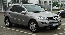 Mercedes-Benz ML 320 CDI 4MATIC (W 164) – Frontansicht (1), 27. April 2011, Velbert.jpg