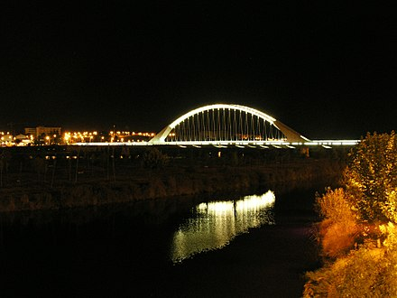 Merida Lusitania bridge.jpg