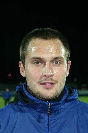 2011–12 Swindon Town F.C. season - Michael Wojtanowicz trained with the club during the season.