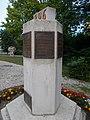 Millecentenáriumi emlékmű, Széchenyi István idézetes tábla, 2019 Ajka.jpg