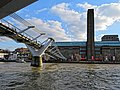 Millennium Bridge and Tate Modern 01.jpg