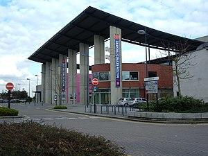 Milton Keynes Theatre - Image: Milton Keynes Theatre geograph.org.uk 746463