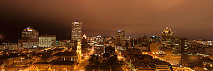 English: A panorama of downtown Milwaukee, Wis...