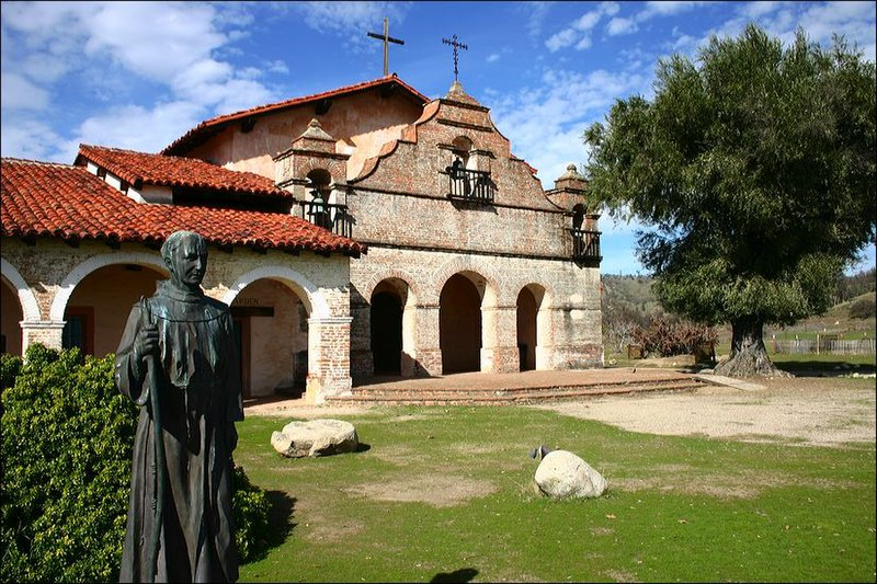 File:Mission San Antonio de Padua modern.jpg