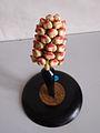 Modell einer männlichen Blüte von Pinus silvestris (Kiefer) -Osterloh Nr.23- (3).jpg