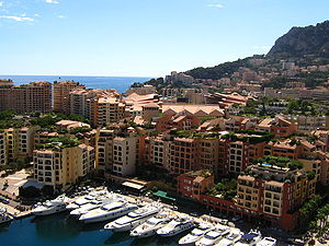 Columbus Hotel Monaco - The hotel is located just away from the Fontvieille marina