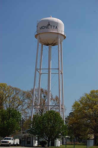 Monetta, South Carolina - Water tower in Monetta