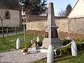 Monument aux morts (2).JPG