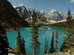 دریاچه مورین در پارک ملی بنف، استان آلبرتا