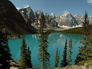 Alberta Banff Ulusal Parkı'ndaki Morraine Gölü