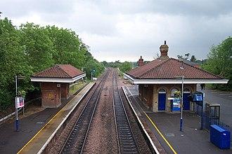 Mortimer railway station - Mortimer railway station, viewed from the footbridge.