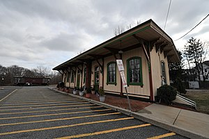 English: Former Mount Holly, New Jersey Train ...