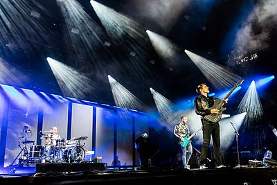 Picture of a band or musician: Muse