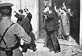 Nacistas rendidos en la U de Chile.jpg