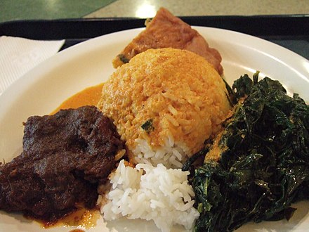 Nasi Padang with rendang, gulai and vegetables Nasi ramas rendang.JPG