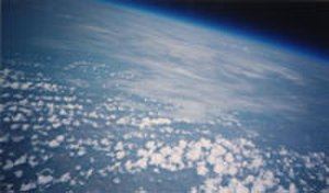 High-altitude balloon - Image of the Earth's horizon taken from 26,000 meters (86,000 ft) on an ARHAB flight.