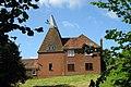 Oast House, Malthouse Farm, Queen Street, Sandhurst, Kent - geograph.org.uk - 860891.jpg