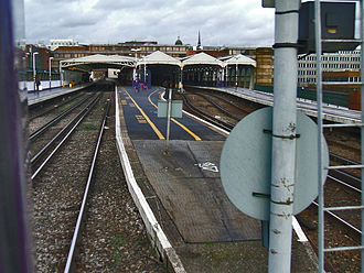 Blackfriars station - Looking northwards at the 1977–2009 station from a departing train