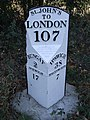 Old Milepost - geograph.org.uk - 1508230.jpg
