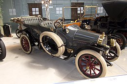 Opel 8-20 PS (1911) at Autoworld Brussels (8460369149).jpg