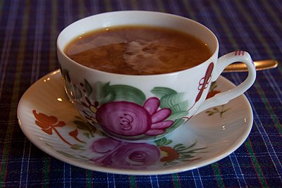 Ostfriesischer Tee in Porzellantasse
