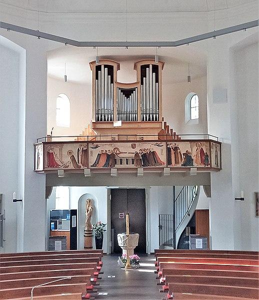 Datei:Ottobrunn, St. Otto (Kerssenbrock-Orgel) (4).jpg