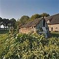 Overzicht schuurtje aan de zuidzijde - Schoonebeek - 20378979 - RCE.jpg