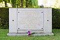 Père-Lachaise - Division 88 - Monument aux victimes de l'OAS 01.jpg