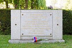 Français: Monument aux victimes de l'OAS