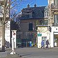 P1310488 Paris XVII avenue des Ternes n96 villa des ternes rwk.jpg