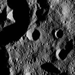 PIA20939-Ceres-DwarfPlanet-Dawn-4thMapOrbit-LAMO-image177-20160602.jpg