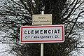 Panneau entrée Clémenciat 4.jpg